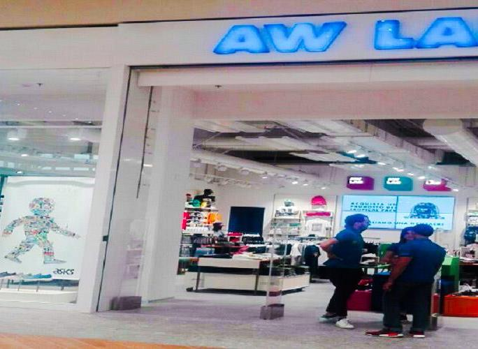 Nuovo Store AW LAB - Centro Commerciale ARESE (MI)